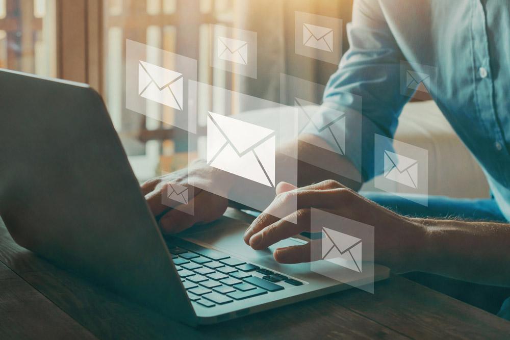 hebergement-email-courriel-professionnel-01-site-internet-02-agence-offensive-bordeaux